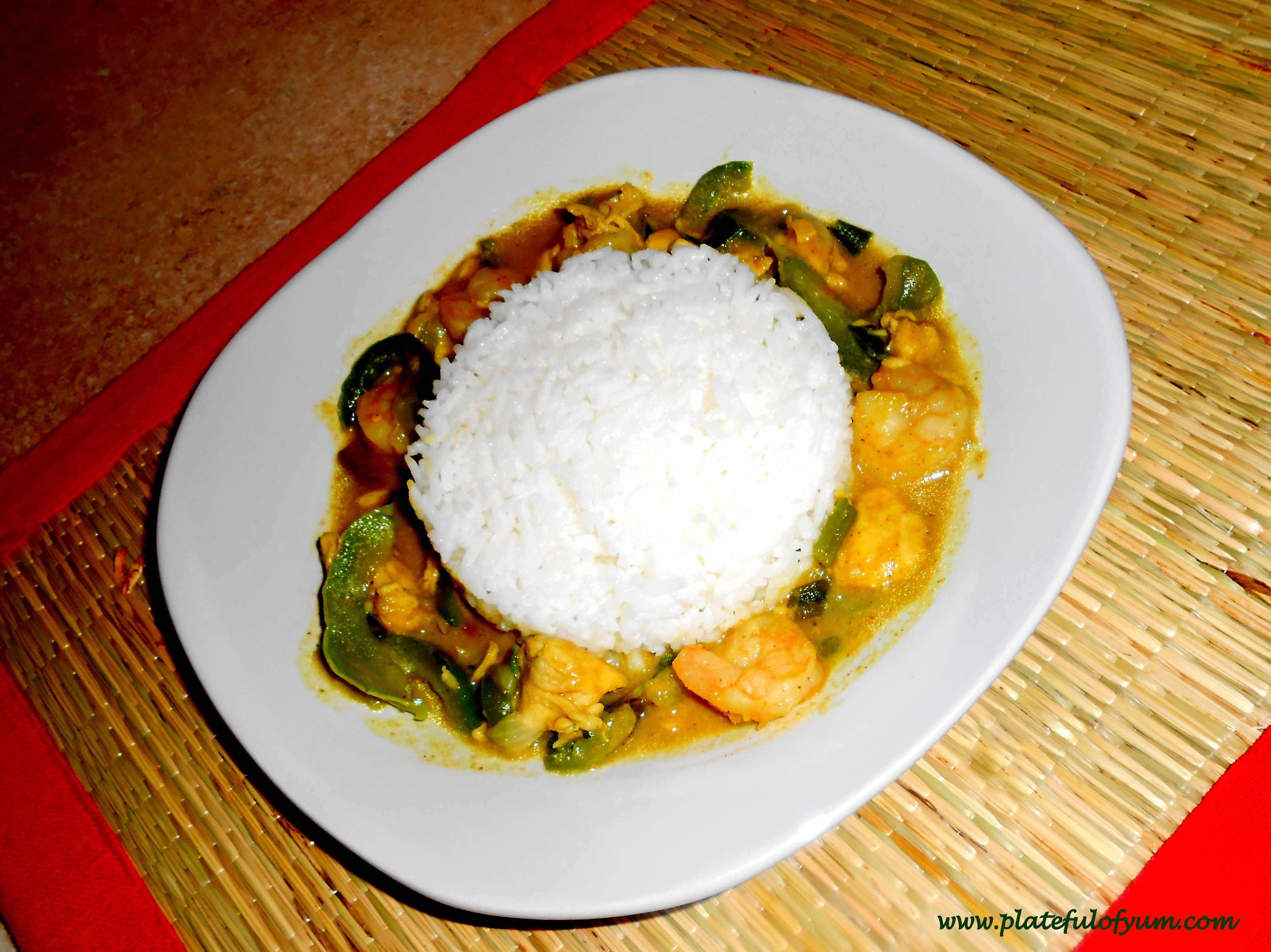 Thai Green Curry With Chicken & Shrimp | Plateful Of Yum