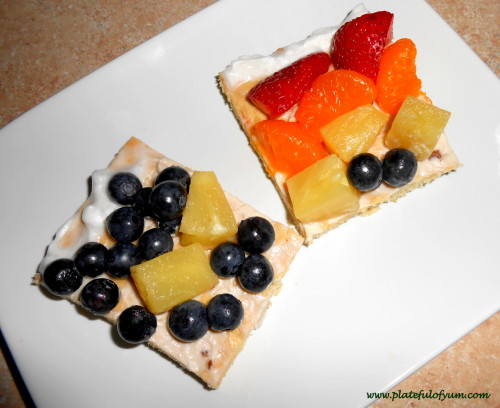 Fruit pizza slices